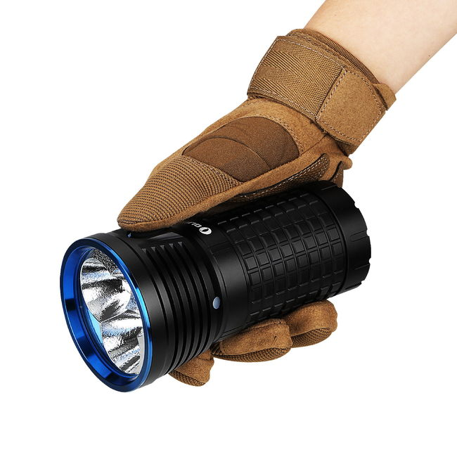 Lanterna led puternica Olight X7 kit reincarcabil